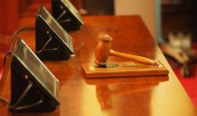 Richter und Gericht